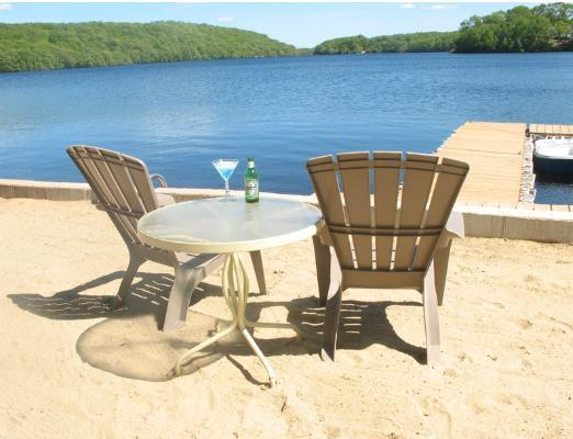 Beach front - The Sun, Sand and Relaxation at Hand - Uncasville - rentals