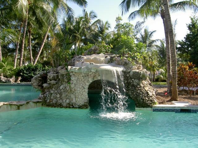 Tropical Escape on Paradise Island on Beach, steps to Atlantis - Sunrise Beachfront #12  Paradise Island- Atlantis - Paradise Island - rentals