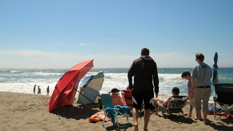 I took this picture in front of By the Waves! - Ocean View! Stair-free Beach Access! Hot Tub/WiFi! - Lincoln City - rentals