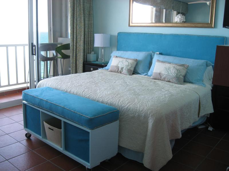 Foam topped King bed - Beautifully renovated Condado Beachfront Studio - San Juan - rentals