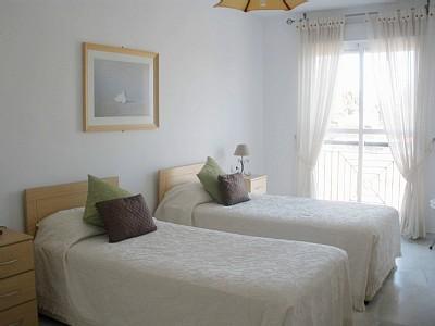 """Bedroom 2 - Nueva Andalucia holiday apartment """"Lorcrimar Iv"""" - Puerto José Banús - rentals"""