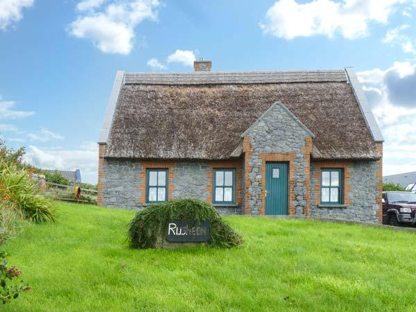 RUSHEEN COTTAGE, pet friendly, character holiday cottage, with a garden in Lahinch, County Clare, Ref 10483 - Image 1 - Lahinch - rentals