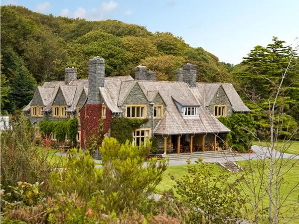 PLAS GWYNFRYN, pet friendly, luxury holiday cottage in Llanbedr, Ref 5051 - Image 1 - Llanbedr - rentals