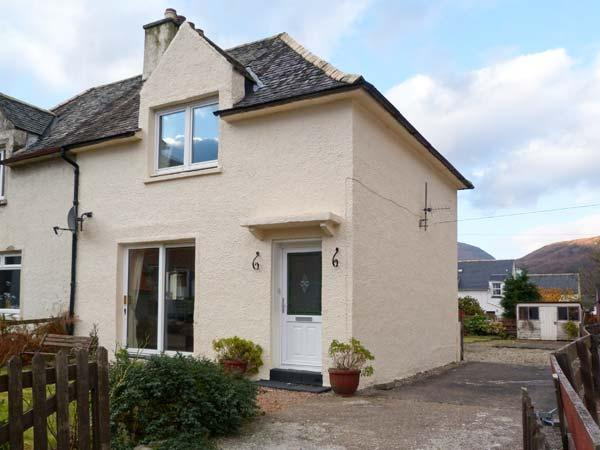 CALLART COTTAGE, country holiday cottage, with a garden in Kinlochleven, Ref 11828 - Image 1 - Kinlochleven - rentals