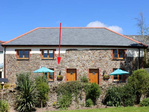 LUNDY VIEW COTTAGE, family friendly, character holiday cottage, with a garden in Great Torrington, Ref 11793 - Image 1 - Great Torrington - rentals