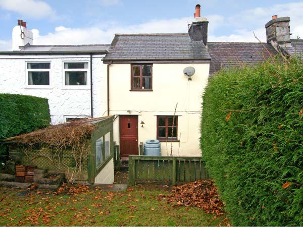 3 TYN Y MYNYDD, pet friendly, country holiday cottage, with a garden in Penmachno, Ref 8420 - Image 1 - Penmachno - rentals