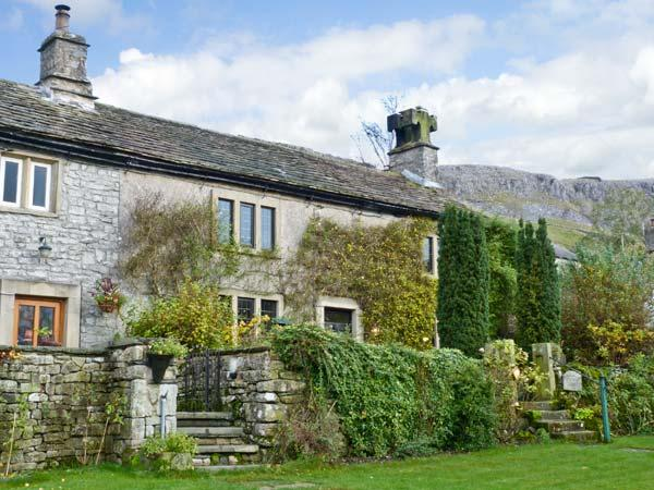 STOCKDALE HOUSE, family friendly, character holiday cottage, with a garden in Feizor, Ref 11277 - Image 1 - Giggleswick - rentals