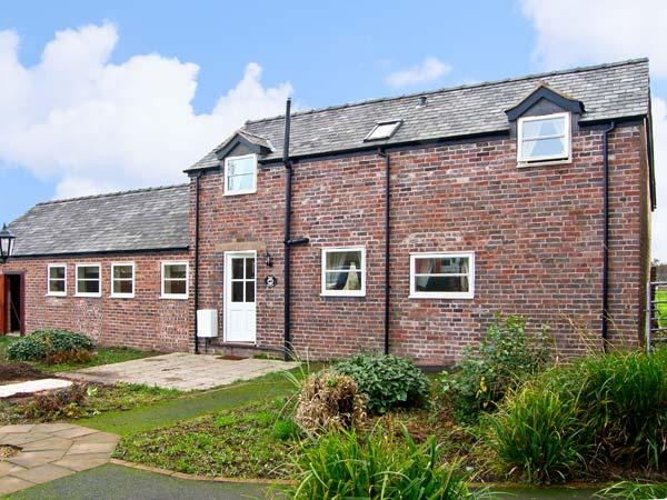 THE BARN, family friendly, country holiday cottage, with a garden in Rossett, Ref 10477 - Image 1 - Rossett - rentals