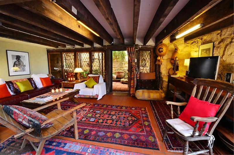 A wonderfully eclectic space - Silver Street Studio - romantic Fremantle retreat - Fremantle - rentals
