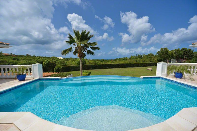 La Bastide, Terres Basses, St Martin  800 480 8555 - LA BASTIDE...affordable luxury, great for couples - Terres Basses - rentals