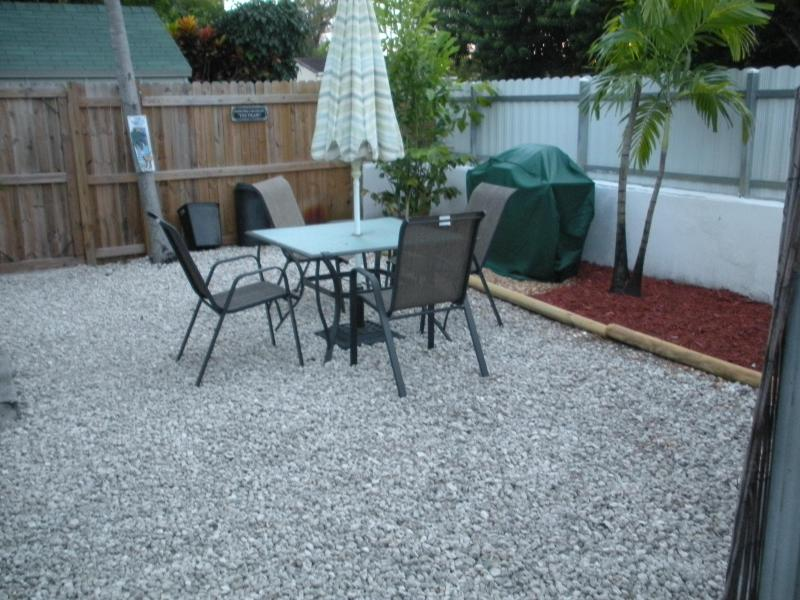 Terrace - Studio vacation rental  Hollywood , Fl - Hollywood - rentals