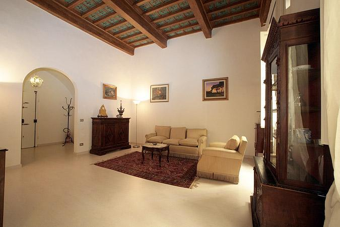 Romantic 5 Bedroom Apartment in the Center of Florence - Image 1 - Florence - rentals