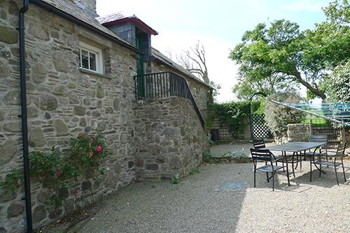 Pet Friendly Holiday Property - Atlantic View Hayloft, Abermawr - Image 1 - Pembrokeshire - rentals