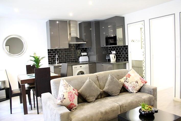 2BR-Marais area Rue des Rosiers-1410€- apt845 - Image 1 - Paris - rentals