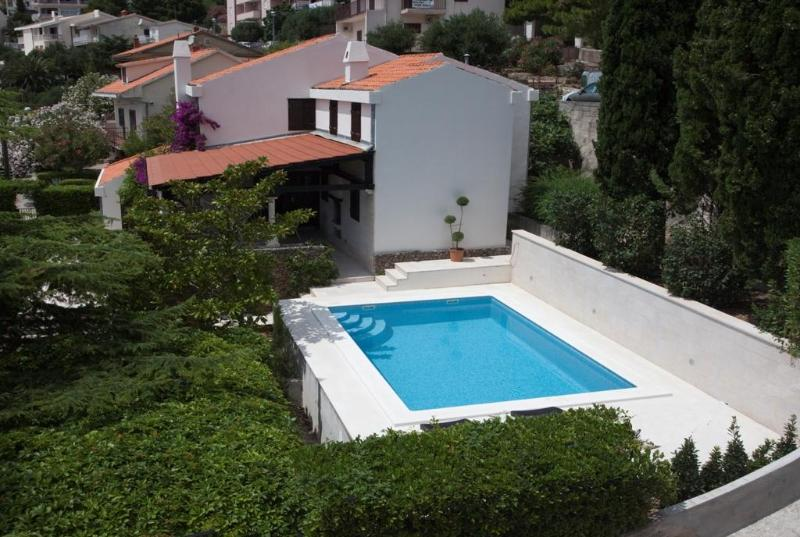 Villa Skalinada - Villa with pool and sea views, 60m from a beach - Baška - rentals