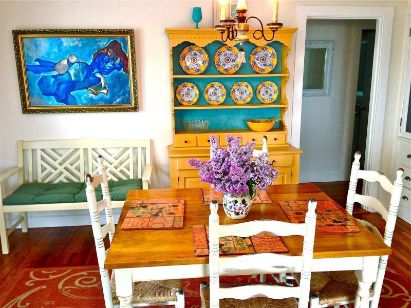Romantic Dining Room. - Romantic SUMMERWIND COTTAGE- Scenic Harbor View - Gloucester - rentals