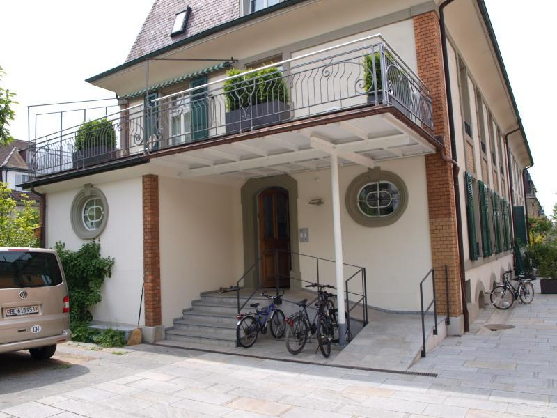 entrance of the Villa - Luxury Apartments in the Embassy area in Bern. - Bern - rentals