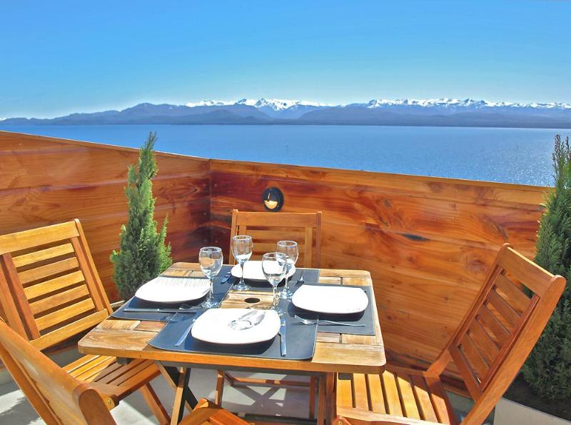 Amazing views from the terrace - Unbeatable Location & Lake Views, Amazing Terrace! - San Carlos de Bariloche - rentals