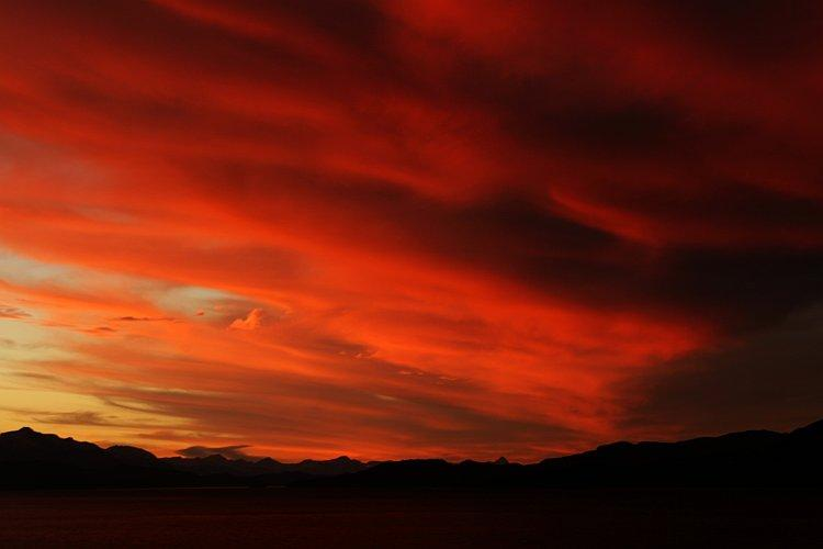 Sunset from Terrace - Unbeatable Location & Lake Views, Amazing Terrace! - San Carlos de Bariloche - rentals