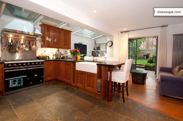 Clonmel Road, 3 bed, 3 bath family home in Parson's Green - Image 1 - London - rentals