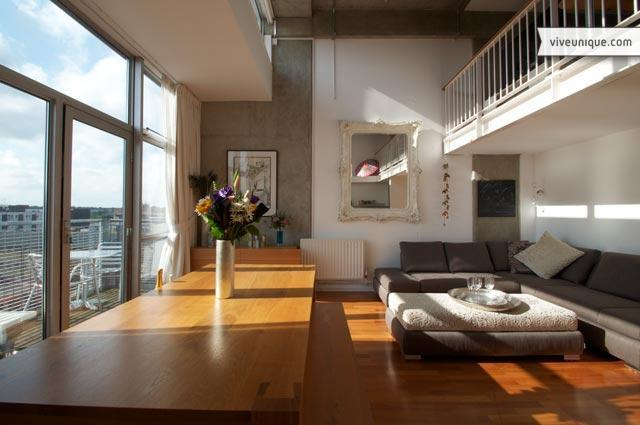Penthouse on the Canal, 2 bedroom, Shoreditch - Image 1 - London - rentals