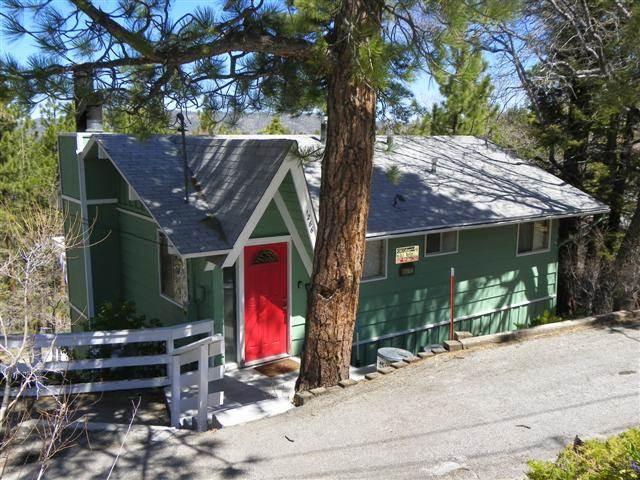 Moonridge Retreat - Image 1 - Big Bear Lake - rentals