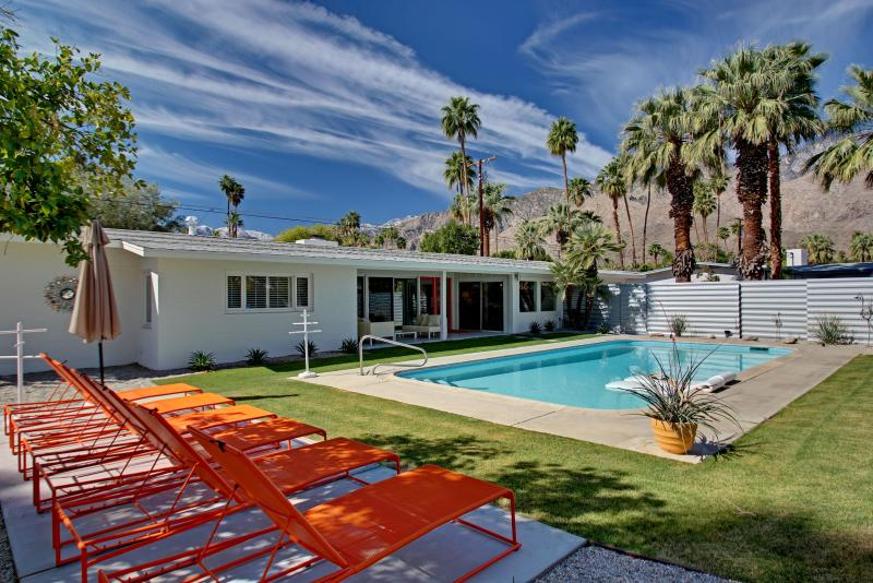 Prime PVT Mid Century Trousdale Estate in So. P.S - Image 1 - Palm Springs - rentals