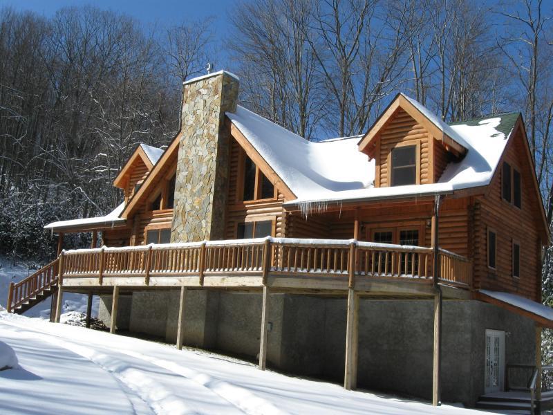 Front - Beautiful upscale log cabin sleeps 8 - Beech Mountain - rentals