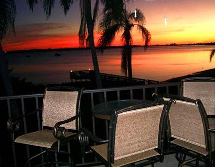 Sunset from balcony - MILLION $ waterview from condo on tropical island. - Saint Petersburg - rentals