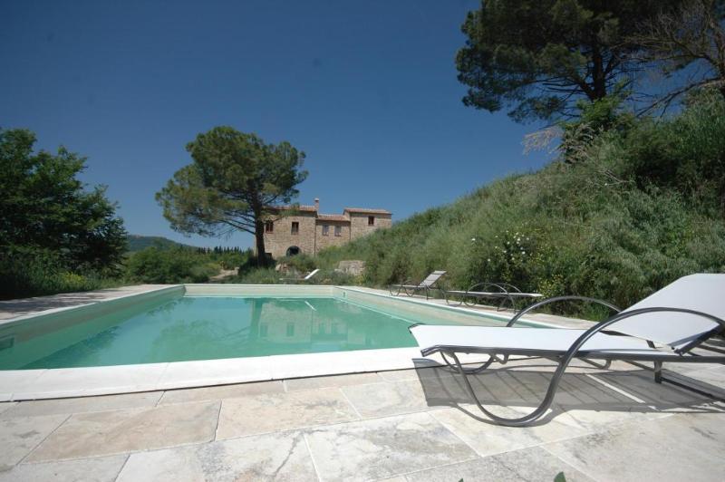 La Casina Pool - Luxury 4 Bedroom Farmhouse near Montepulciano - Montepulciano - rentals