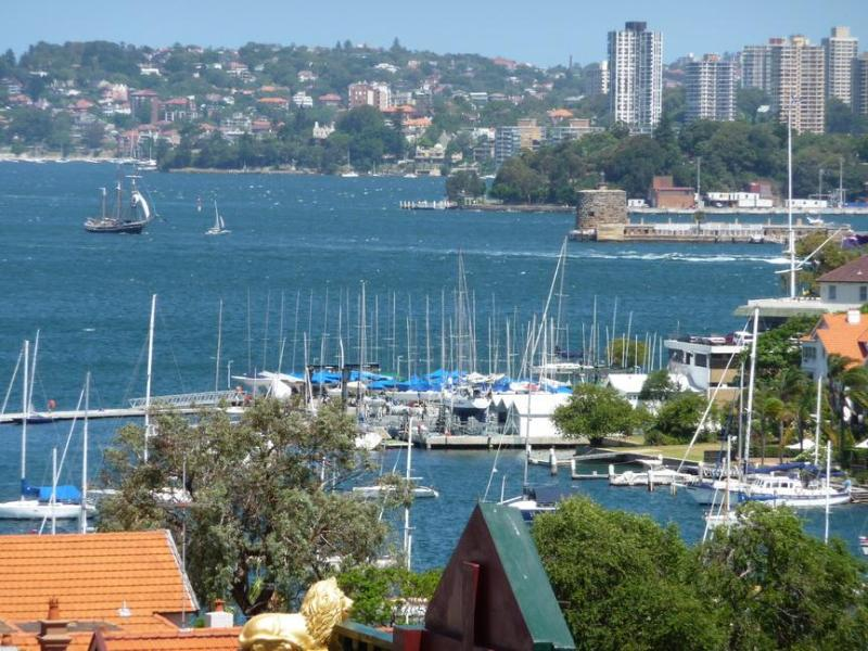 View from apartment - Sydney Harbour Views - Kirribilli Studio Apartment - Kirribilli - rentals