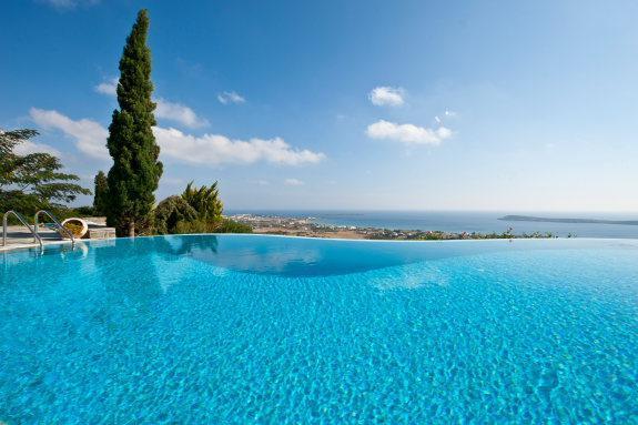 4 bedroom luxury villa with pool near Golden beach - Image 1 - Paros - rentals