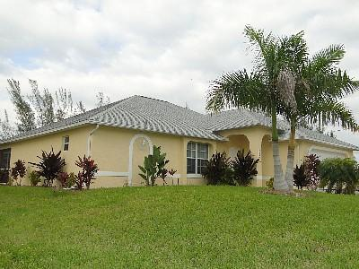 Martha's Villa - Martha's Villa - Great Deals for August - Cape Coral - rentals