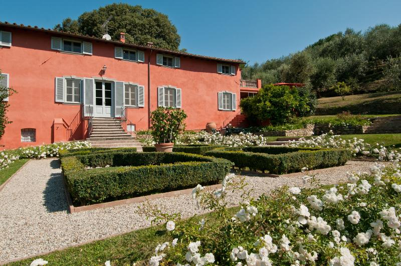 Large Tuscany Villas with a Private Pool and Olive Groves - Villa Schacchi - Image 1 - Lucca - rentals