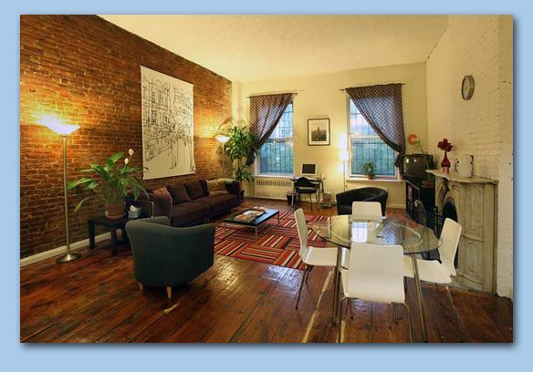 Living Room-facing courtyards - Big 2 bed/2 bath on own floor (2nd), E. Village - New York City - rentals