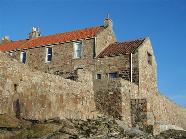 Outside of cottage - Characterful Cottage with sea views!! - Anstruther - rentals
