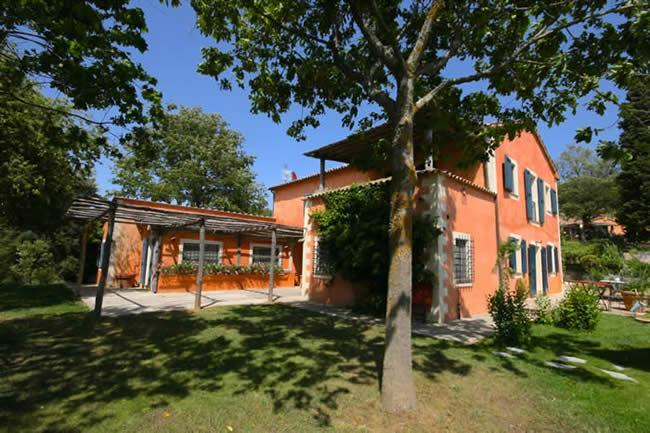 6 Bedrooms with Ensuite Baths, Pool, Wifi, Great Location - Image 1 - Siena - rentals