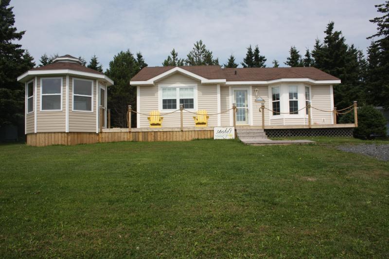 Sandy's Beachfront Cottage - Sandy's Beachfront Cottage - Prince Edward Island - rentals