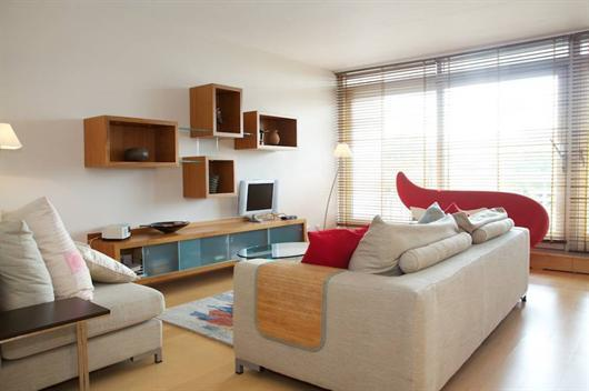 2 Bedroom Chelsea short let with Thames view - Image 1 - London - rentals