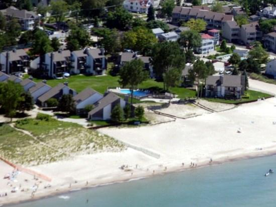 Bent Tree Condos - Bent Tree 16 - Weekly Only - Summer rentals begin on Friday. - South Haven - rentals