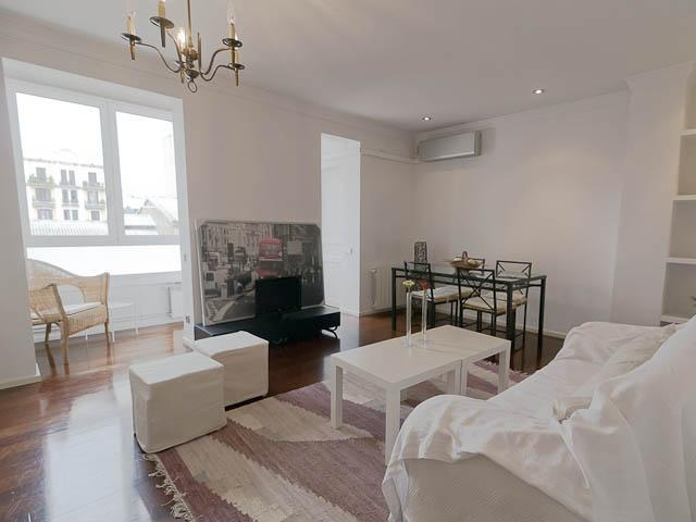 Living room - Magnificient apart. next to beach & city center - Barcelona - rentals
