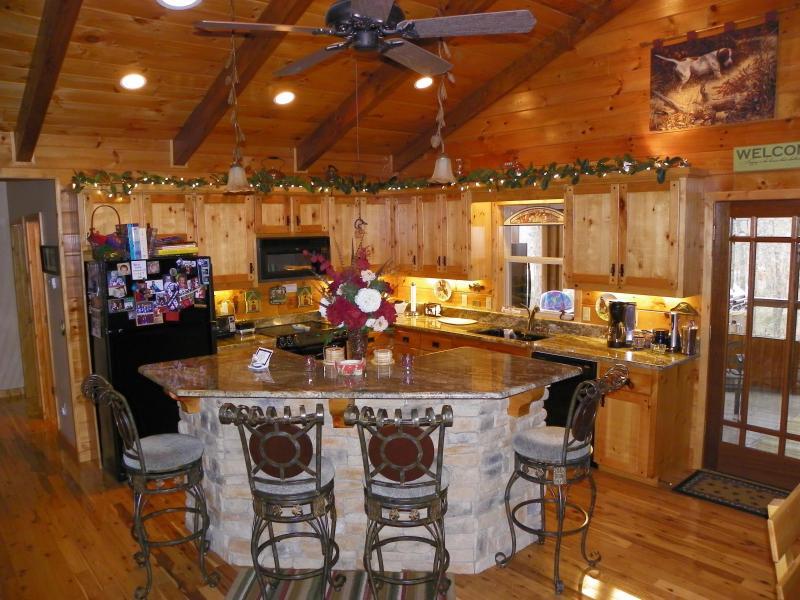 Kitchen - Little Cedar on Beaver Lake - Lowell - rentals