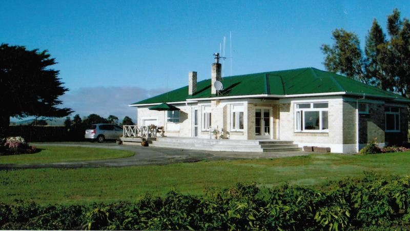 Ellie's comfortable country home - Miranda Homestead, Seabird Coast, New Zealand - Thames - rentals