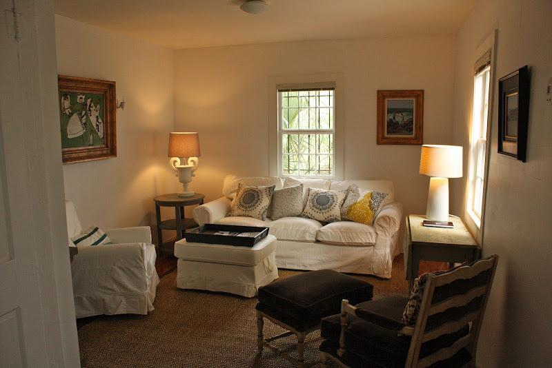 Sitting room - Downtown Charleston Carriage House w Courtyard - Charleston - rentals