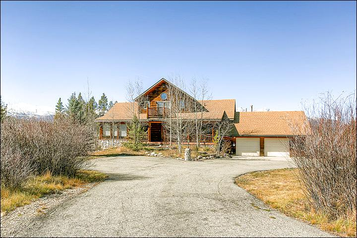 Luxurious, Secluded Lodge - Half Mile from Golf Course - Great Views of Ten Mile Range (13246) - Breckenridge - rentals