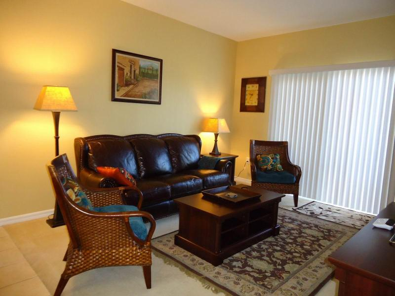 Luxury Furnished Apartment with Lake View - Image 1 - Fort Myers - rentals
