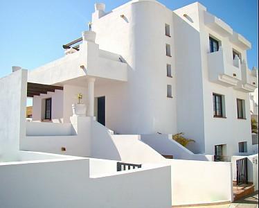 Front - Cozy 4 bedroom, 3 bathroom villa with pool - Corralejo - rentals