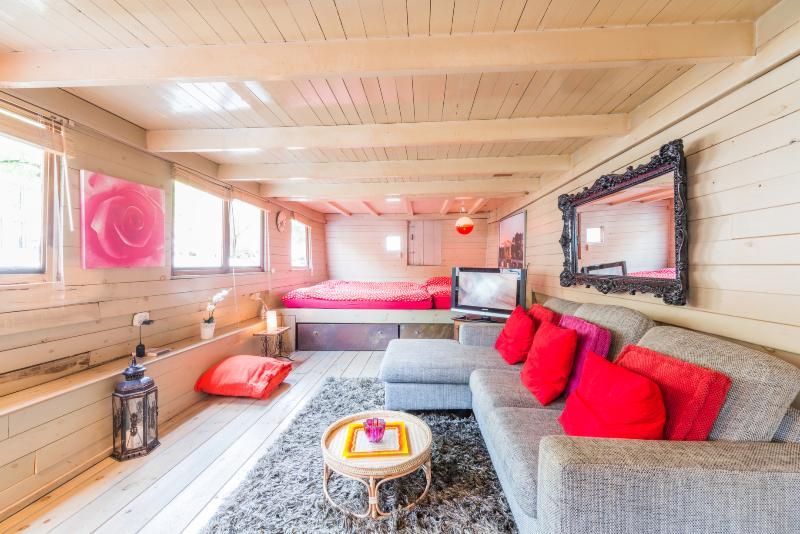 Houseboat in the popular jordaan area (center) - Image 1 - Amsterdam - rentals