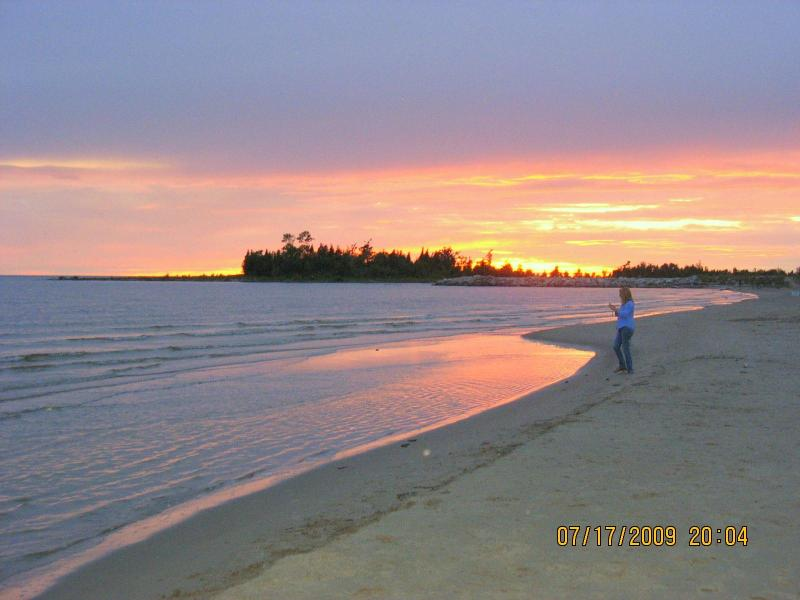 Sunset Beach - Sunny Birch Cottage Resort - Sauble Beach - rentals