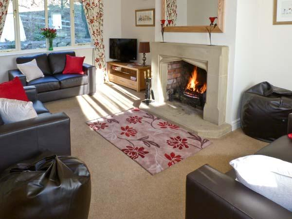 COTE GHYLL COTTAGE, pet friendly, country holiday cottage, with a garden in Osmotherley, Ref 5986 - Image 1 - Osmotherley - rentals